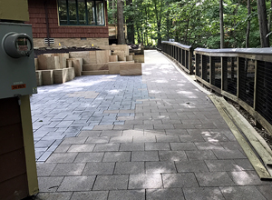 hydroPAVERS® VS. Regular Pavers