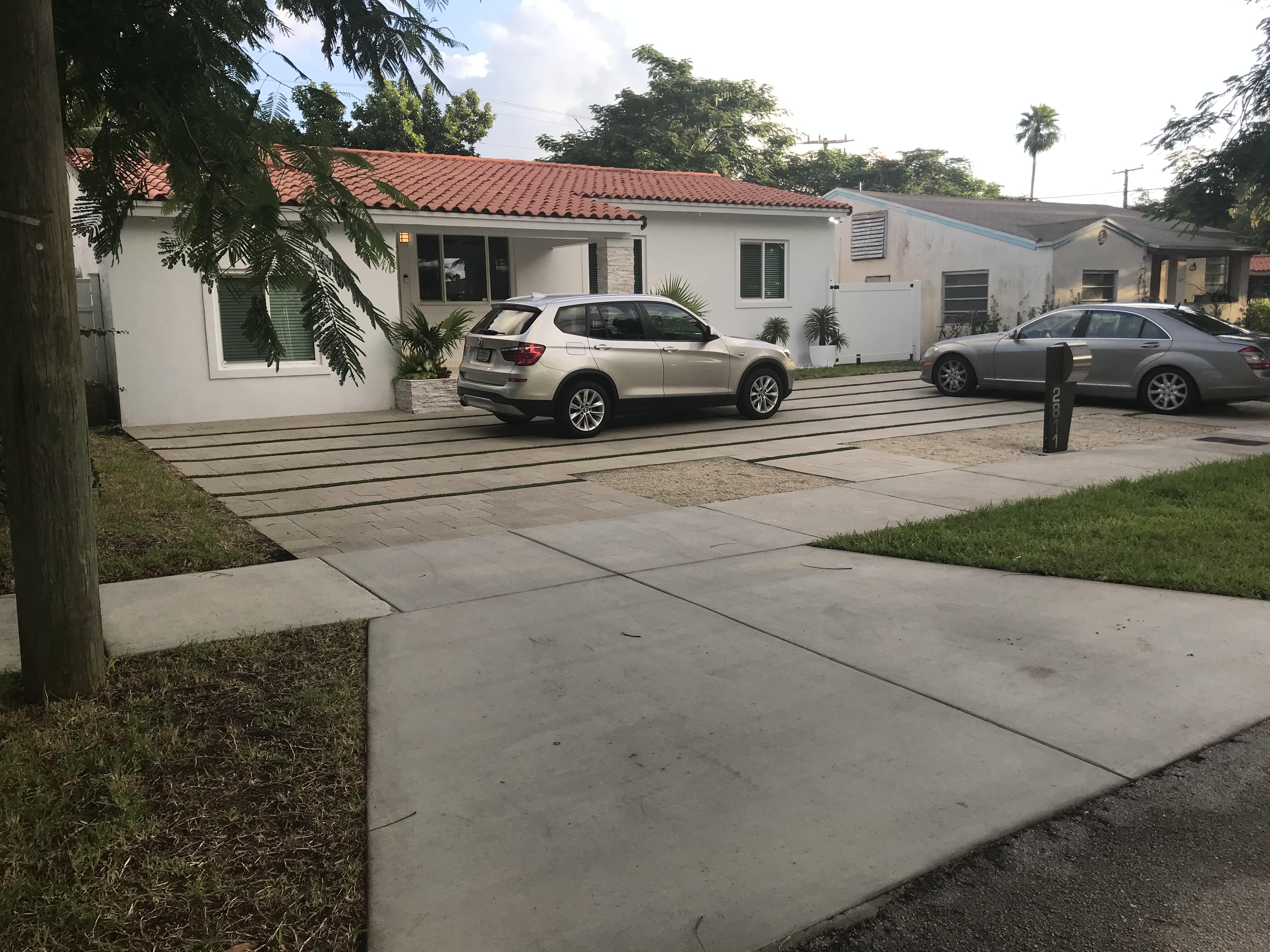 Time Lapse Installation - Miami Florida Driveway